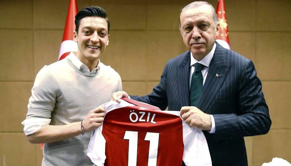 Ozil dhe erdogan