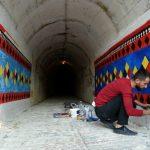 Tuneli i famshëm nën 'magjinë' e ngjyrave