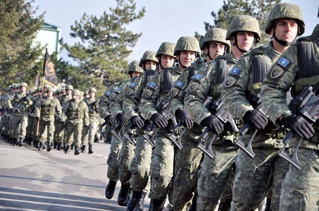NATO ia tërheq vërejtjen Kosovës për ushtrinë