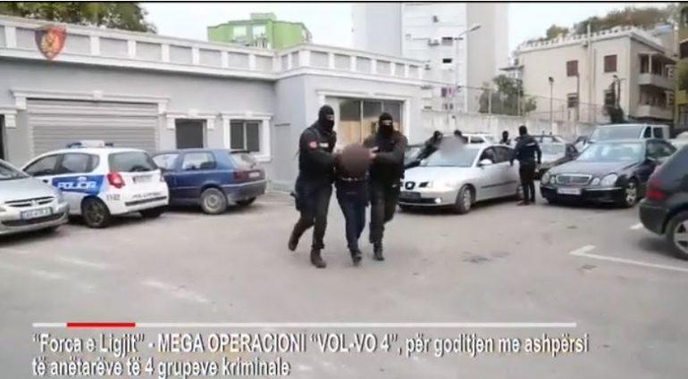 """mega-operacionit """"Vol-vo 4""""-konica.al"""