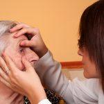 nje e moshuar me probleme sysh