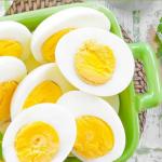 Çfarë do të ndodhë nëse konsumoni vezë çdo ditë?