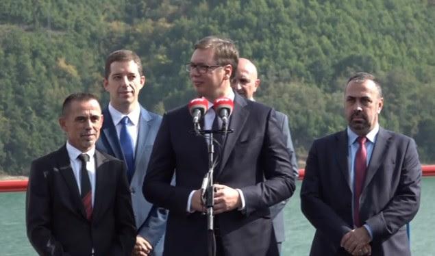 Vuçiç del me një kërkesë për serbët e Kosovës konica.al