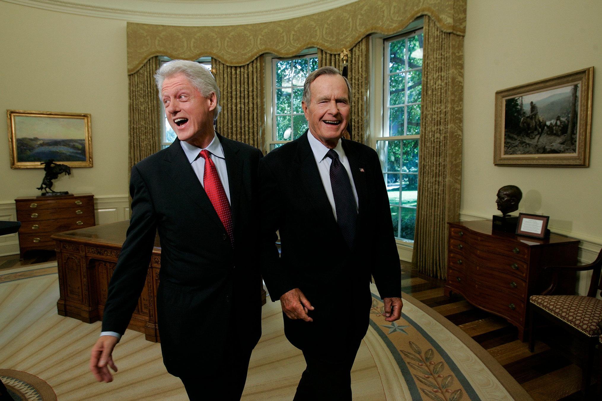Xhorxh Bush dhe Bill Klinton