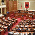 Deputetët e opozitës padisin Ruçin, kërkojnë rrogën për muajt e bojkotit