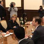 Zyrtari amerikan apel Kosovës dhe Serbisë: Rihapni bisedimet