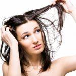 Flokë me yndyrë? Ja receta për zgjidhjen e këtij problemi