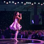 Ariana Grande paditet nga fotografi për të drejtat e autorit