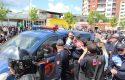 Tentojnë t'i bllokojnë rrugën Ramës, banorët e Unazës përplasen me policinë