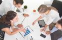 Analiza ekonomike: Rritet punësimi dhe niveli i pagave