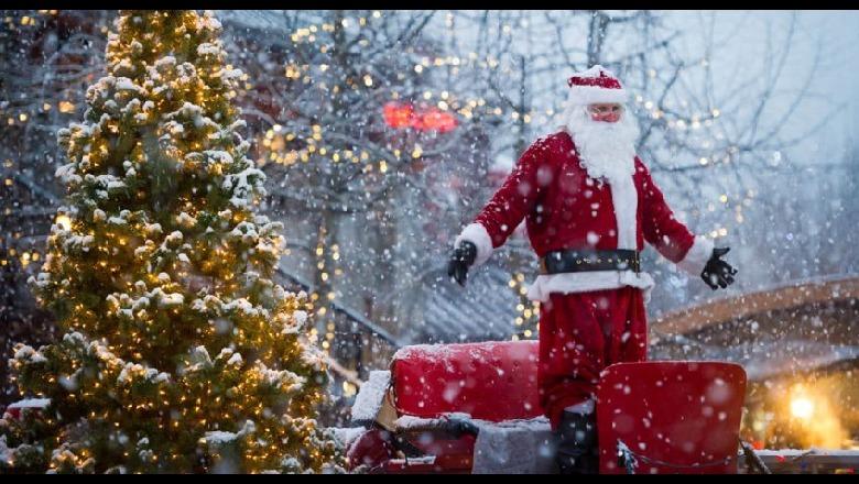 NJ%C3%AB LUTJE P%C3%ABR FEST%C3%ABN E KRISHTLINDJES - Në meshën e Krishtlindjes në Gjakovë u bë thirrje për paqe ...